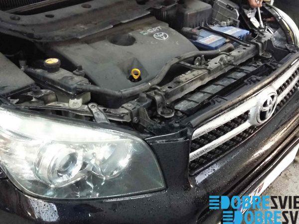 Toyota RAV 4 - renovacia svetiel